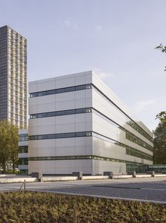 https://www.plataformaarquitectura.cl/cl/893974/van-spaendonck-enterprise-house-architectenbureau-cepezed/5a1a423db22e383ae6000077-van-spaendonck-enterprise-house-architectenbureau-cepezed-photo