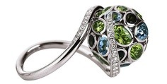 Victor Mayer ring w/ incredible colour and shape