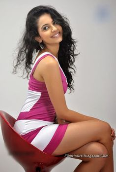 Rakul Preet Singh hot stills spicy photos actress glamour navel pictures large HD images collection