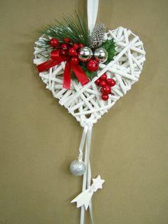 icu ~ New xmas decoration Christmas Arts And Crafts, Christmas Mesh Wreaths, Christmas Tree Toy, Handmade Christmas Decorations, Heart Decorations, Christmas Makes, Christmas Wood, Christmas Candles, All Things Christmas