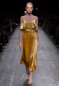 Lazo Caprichoso Blog de moda Moda Low Cost III Vestido de terciopelo Valentino