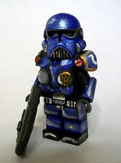 WarHammer 40K Space Marine by The Knight (KJ), via Flickr