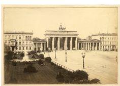 Berlin, Pariser Platz, um 1885.