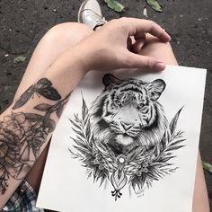 Desenho em preto e branco de tigre feito por Vic Nascimento do Rio de Janeiro. #tattoo #tatuagem #desenho #drawing #arte #art #tiger #tigre