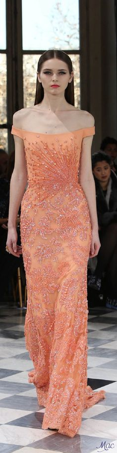 Spring 2016 Haute Couture Georges Hobeika - A Thistle in the Wind Collection (=) Couture Fashion, Runway Fashion, Fashion Models, Fashion Show, Womens Fashion, Beautiful Gowns, Beautiful Outfits, Elegant Dresses, Nice Dresses