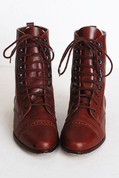 """Maroon Lace Up Leather Vintage Boots 