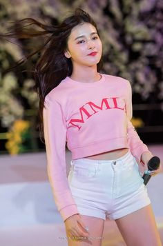 Sexiest K-pop moments, videos and photos. Nancy Jewel Mcdonie, Nancy Momoland, Sexy Asian Girls, Beautiful Asian Girls, Beautiful Women, Nancy Korean, Kpop Girl Groups, Kpop Girls, Japonesas Hot