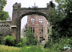 Great article about abandoned castles