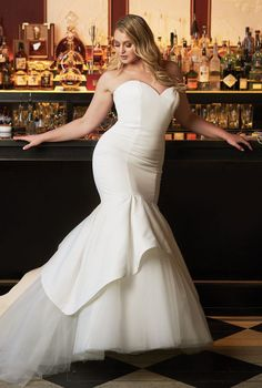 Justin Alexander - Style Satin Mermaid Wedding Dress Accented with Apron Tulle and Organza Skirt dresses plus size mermaid Style Satin Mermaid Wedding Dress Accented with Apron Tulle and Organza Skirt Satin Mermaid Wedding Dress, Fit And Flare Wedding Dress, Perfect Wedding Dress, Mermaid Dresses, Dress Wedding, Modest Wedding, Tulle Wedding, Sparkle Wedding, Modern Princess