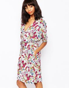 I would glam this Monki floral kimono dress up with some killer heels http://asos.do/5zw6y9