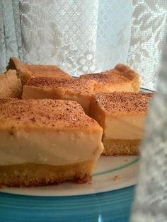 Delicious Milk tart Ingredients for biscuit base 150 grams of Butter room temperature 1 cup of caster sugar 1 tablespoon of vanil. Custard Recipes, Baking Recipes, Cake Recipes, Dessert Recipes, Cookie Desserts, No Bake Desserts, Baking Desserts, Ingredients For Biscuits, Stella Recipe