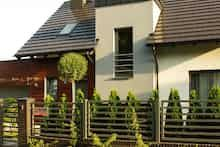 Dom w amarylisach Pergola, Yard, Outdoor Structures, Outdoor Decor, Home Decor, Gardens, Garden Landscaping, Homemade Home Decor, Outdoor Pergola