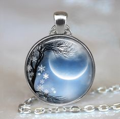 Winter Solstice necklace, new moon necklace, new moon pendant, solstice jewelry, solstice jewellry, Wiccan jewelry key chain by thependantemporium on Etsy https://www.etsy.com/listing/254287052/winter-solstice-necklace-new-moon