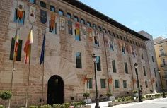 El Palacio de los Borja o también llamado Palacio de Benicarló es la actual sede de Las Cortes de la ciudad de Valencia.