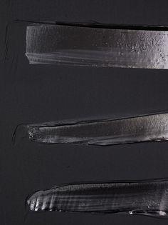 Pierre Soulages, 2013 Courtesy of the artist & Galerie Perrotin Tachisme, Black Abstract, Abstract Art, Art Noir, Luminous Colours, Spirited Art, Art Abstrait, Shades Of Black, Art Plastique