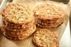 Oatmeal, coconut and almond cookies