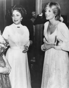 Elizabeth Taylor and Princess Diana | Diana attends the play… | Flickr