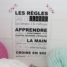 "Carte Postale ""les règles de la classe"" Teaching French, Teaching English, Classroom Organization, Classroom Management, First Day Of School, Back To School, French Classroom Decor, Learning Languages Tips, Information Board"