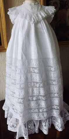 ANTIQUE CHRISTENING GOWN/LACE/EMBROIDERY