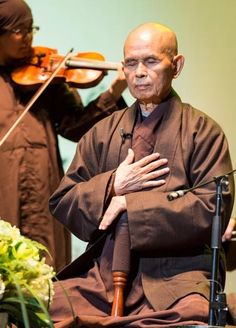 A Christmas Eve health update on Thich Nhat Hanh Gautama Buddha, Buddha Buddhism, Thich Nhat Hanh, La Compassion, Sutra, Buddhist Practices, Dave Willis, Zen Master, Fully Alive