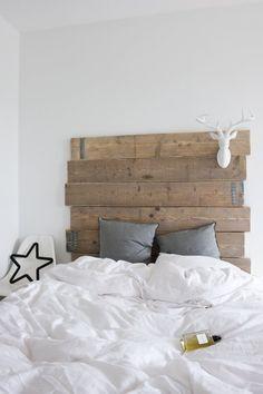 ♂ Eco friendly home deco Bedroom Headboard, Plank Headboard, Home, Interior, Mommo Design, Home Deco, Bedroom Design, Home Bedroom, Home Decor