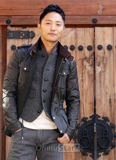 Korean People, Korean Men, Asian Men, Asian Guys, Korean Drama Funny, Korean Drama Stars, Asian Actors, Korean Actors, Seo Dae Young