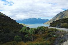 Another day another stunning landscape. Welcome to New Zealand. #newzealand #lakehawea #landscape