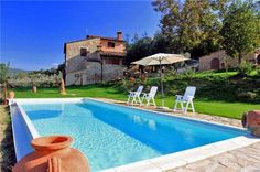 Incredible and charming villa in beautiful surroundings near Radicandoli, Tuscany, Italy