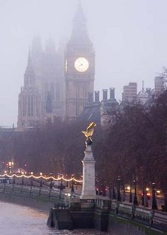 London England :: RAF Memorial & the Towers of Westminster Palace √ Oh The Places You'll Go, Great Places, Places To Travel, Beautiful Places, Places To Visit, London Eye, London City, Dream Vacations, Vacation Spots