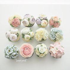 Repost sweetpetalcake Fower cupcake set