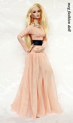 Love the dress, but needs to be lined or less sheer ~  Doll