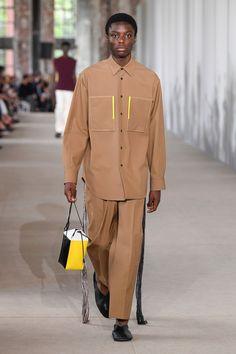 High Fashion Men, Mens Fashion Week, Latest Fashion For Women, Foto Fashion, Fashion 2020, Runway Fashion, Fashion Trends, Jil Sander, Business Fashion