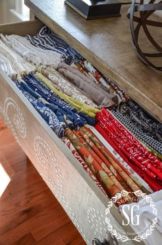 PRACTICALLY SPEAKING... STORING NAPKINS An Easy And Practical Way To Store  All