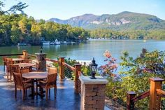 Lodge on Lake Lure Lake Lure North Carolina, North Carolina Beaches, South Carolina, Vacation Trips, Day Trips, House Restaurant, Restaurant Design, Rustic Inn, Luxury Inn