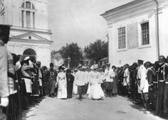 Tsar Nikolai Alexandrovich Tsaritsa Alexandra Feodorovna and other members of the Royal Family attend the uncovering of the relics of St Seraphim of Sarov in 1903