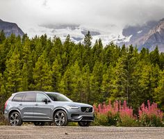 First-class comfort. World-class safety.  The confident elegance of Scandinavian design principles bring a refined but powerful presence to the XC90. Swedish Design, Scandinavian Design, Bullet Journal Travel, Volvo Cars, Volvo Xc90, Luxury Suv, Abayas, Confident, Safety