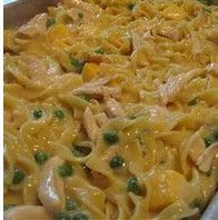 Looking for quick and easy dinner recipes? Well, look no further. This 4 Ingredient Tuna Noodle Casserole is as easy as Some recipes for tuna noodle casserole can be time consuming and hard to make, but not this recipe Fish Recipes, Seafood Recipes, Pasta Recipes, Great Recipes, Cooking Recipes, Favorite Recipes, Dinner Recipes, Recipe Ideas, Deserts
