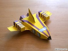 Kid-friendly papercraft: Spaceship – Digitprop – Paper design