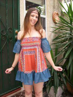 Upcycled Clothing Small Medium Blouse Off Shoulder Mini par SewLoca