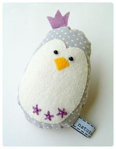 This is something I either need to find on etsy or learn to make myself for my niece because I think she'd love it!  Penguin - dotted