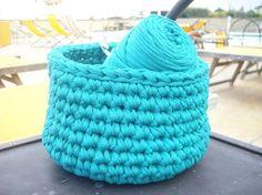 Mon panier crocheté au bord de la piscine: tuto facile Rock my laine