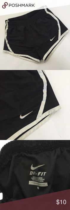 EUC Nike Shorts Excellent condition kids shorts Nike Bottoms Shorts