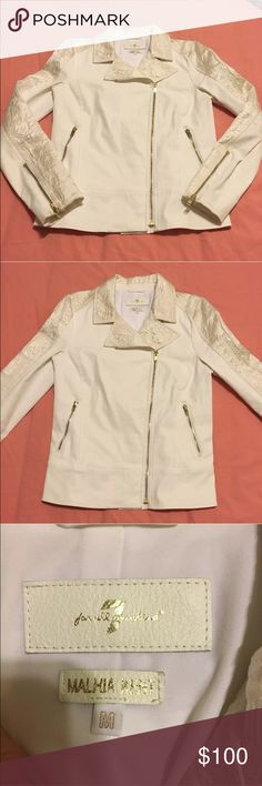 7 for all Mankind Malhia Kent White Motorcycle Size medium. 7 for all Mankind Malhia Kent white motorcycle jacket. There are some small stains (1 is shown in last photo.) They will probably come out if dry cleaned. 7 For All Mankind Jackets & Coats Jean Jackets