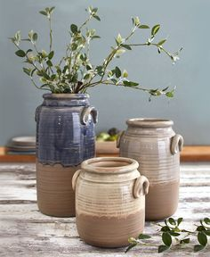 Add to the rustic motif of your home with the deliberate imperfections of the Countryside Stoneware Collection. Each has an unfinished base that provides a stark textural