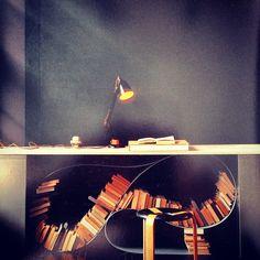nos fascina esta librer a y sus posibilidades para. Black Bedroom Furniture Sets. Home Design Ideas