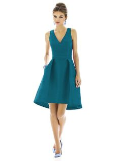 Alfred Sung Style D586 http://www.dessy.com/dresses/bridesmaid/D586/?color=niagara&colorid=1026#.UpTkwuK2FZI