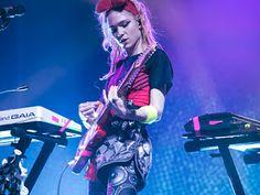 Canal Electro Rock News: Grimes e HANA lançam saga de vídeos The AC!D Reign Chronicles