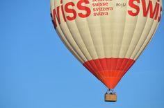 ¿Qué principio físico hace volar a un globo? La respuesta en: http://www.siempreenlasnubes.com/Blog/wordpress/?p=636