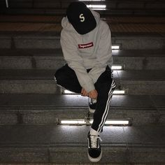 StreetWear Disciples Daily Streetwear Outfits Tag to be featured DM for promotional requests Boy Outfits, Casual Outfits, Men Casual, Fashion Outfits, Fashion Pics, Daily Fashion, Fashion Ideas, Moda Men, Urban Fashion