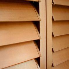 Thin blade cedar opening by
